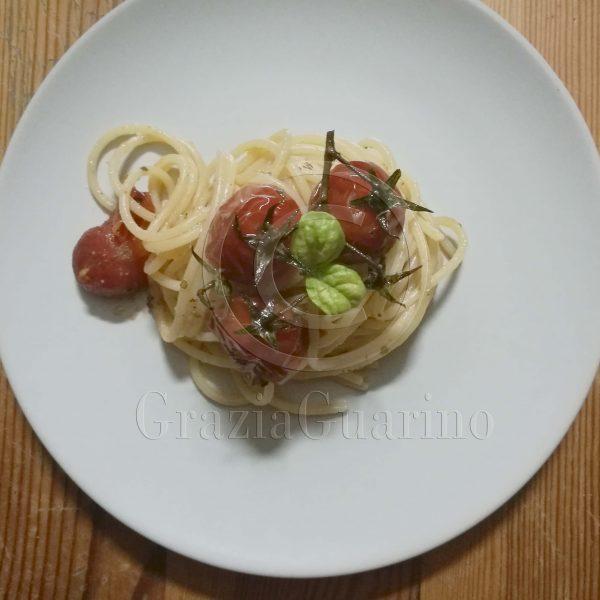Spaghetti con pomodorini caramellati